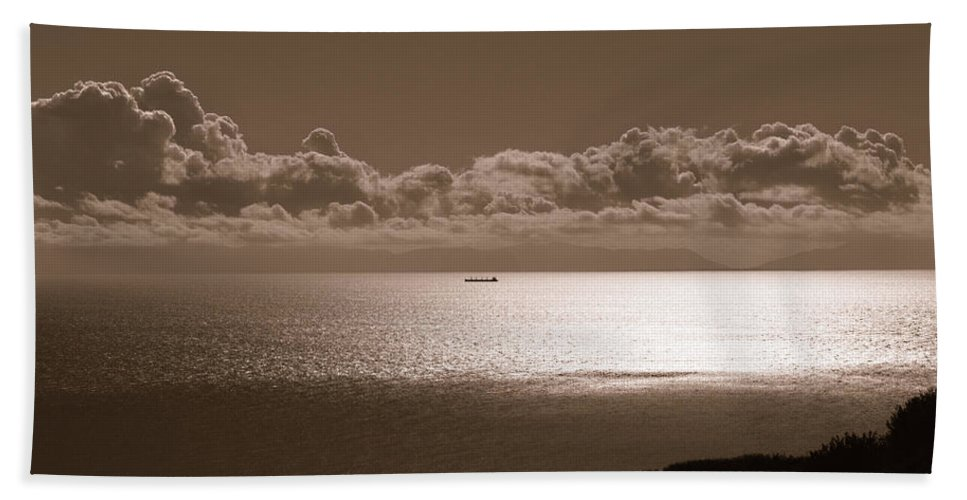 Royal Palms Hand Towel featuring the photograph Freighter And The Catalina Channel by Joe Schofield
