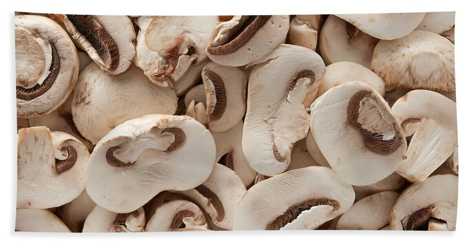 Kitchen Hand Towel featuring the photograph Fresh Mushrooms by Steve Gadomski