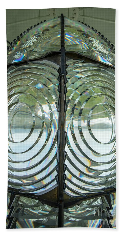 Fresnel Lens Hand Towel featuring the photograph Fresnel Lens At Cape Blanco Lighthouse - Oregon Coast by Gary Whitton
