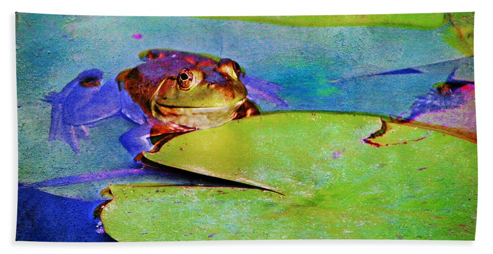 Frog Bath Sheet featuring the photograph Frog - On A Water Lily Pad by Nikolyn McDonald