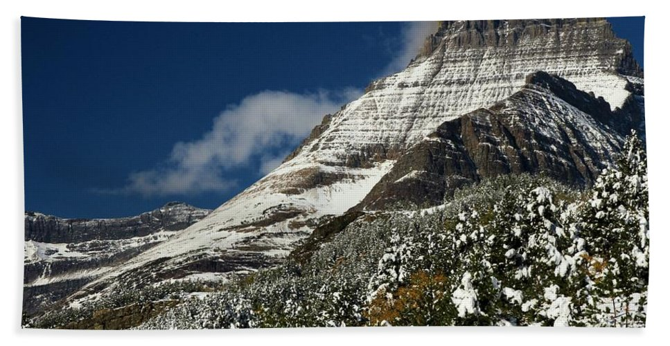 Mt Wilbur Hand Towel featuring the photograph From Fall To Winter by Adam Jewell