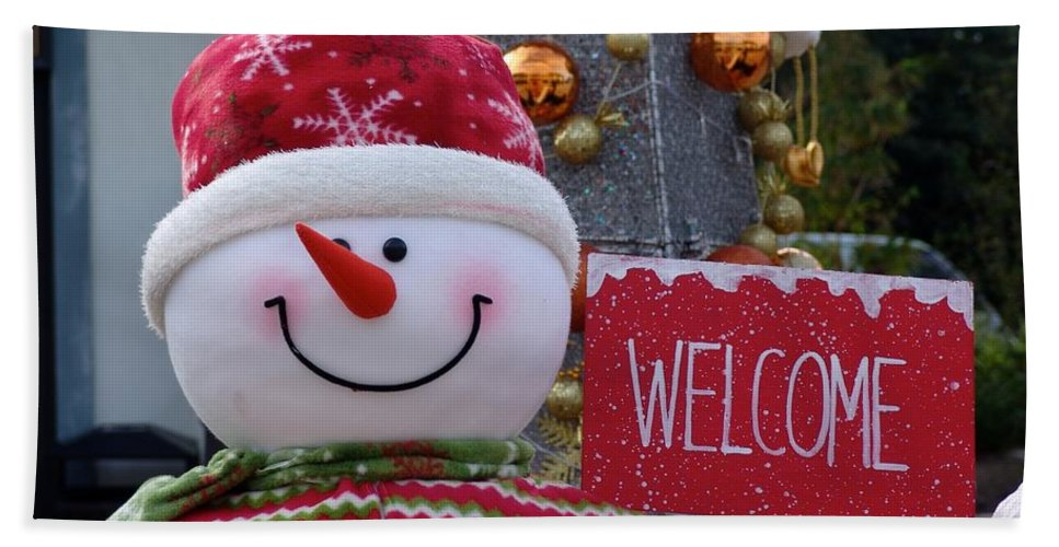 Snowman Hand Towel featuring the photograph Frosty Greetings by Ian Mcadie