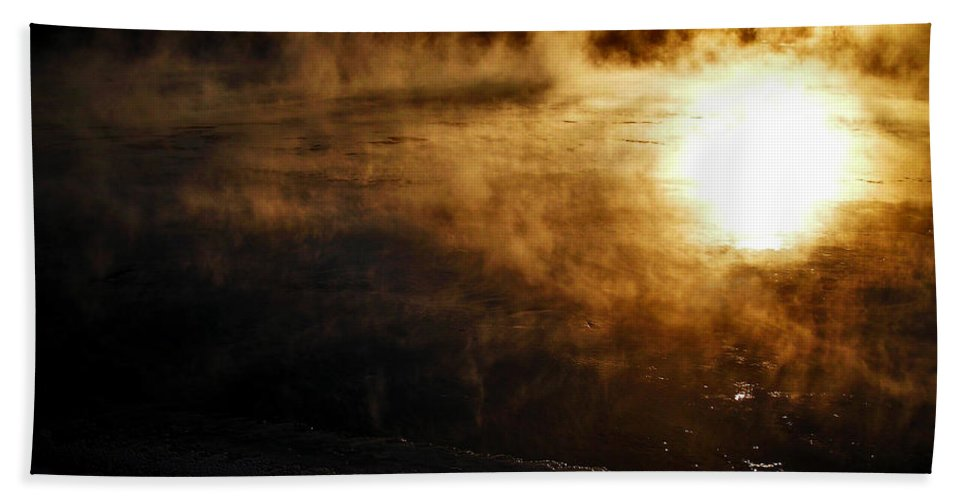 North America Hand Towel featuring the photograph Frosty Morning ... by Juergen Weiss