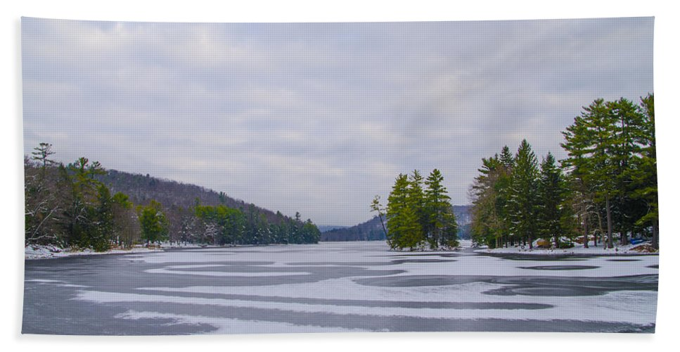 Frozen Bath Sheet featuring the photograph Frozen Bear Creek Lake by Bill Cannon