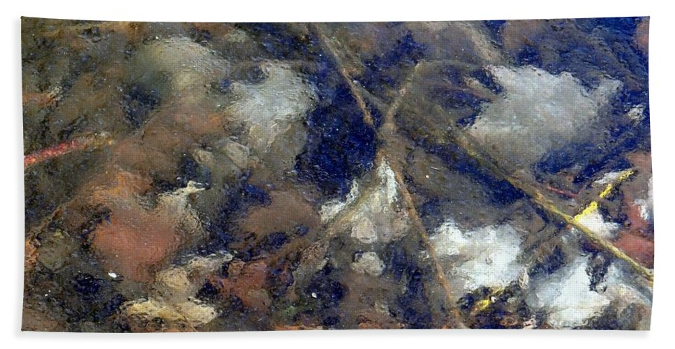 Leaves Hand Towel featuring the photograph Frozen In Time by Ed Weidman