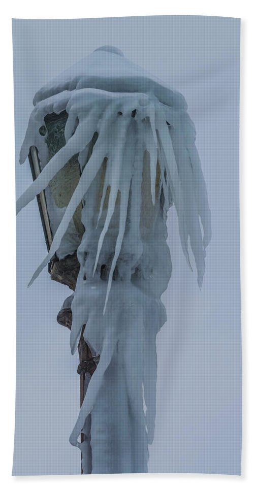 Canada Bath Sheet featuring the photograph Frozen Lantern At The Falls by Ray Sheley