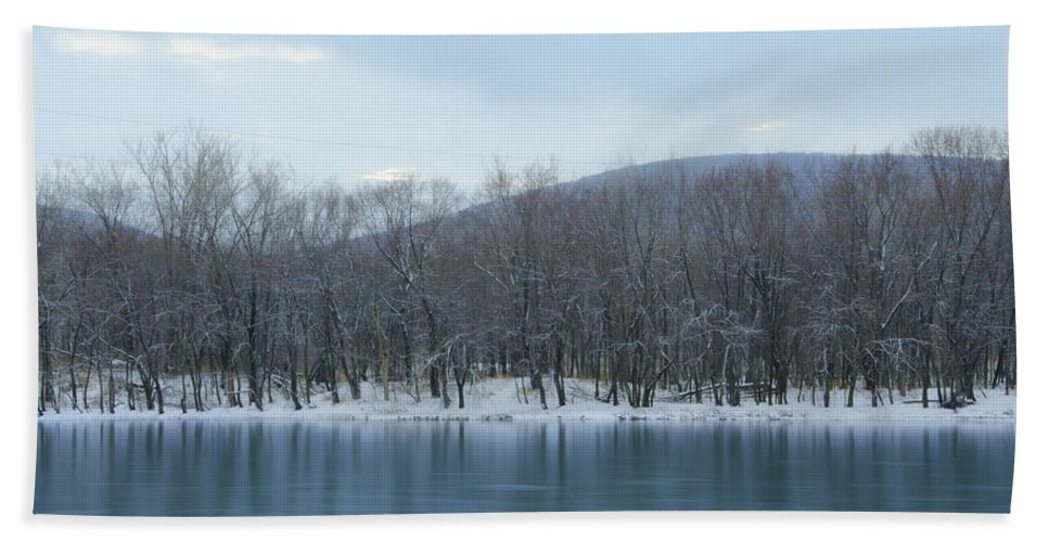 Frozen Hand Towel featuring the photograph Frozen Mountain Lake by Bill Cannon