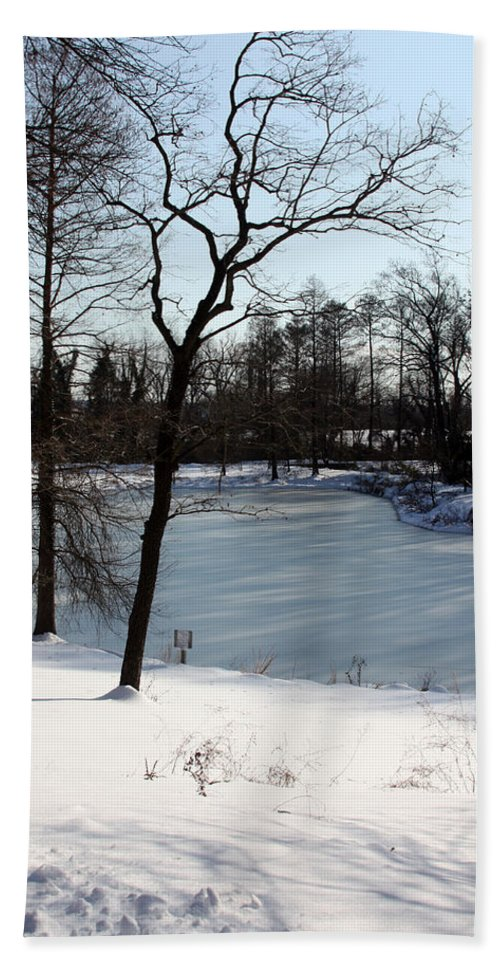 Ice Bath Sheet featuring the photograph Frozen Pond2 by Carolyn Stagger Cokley