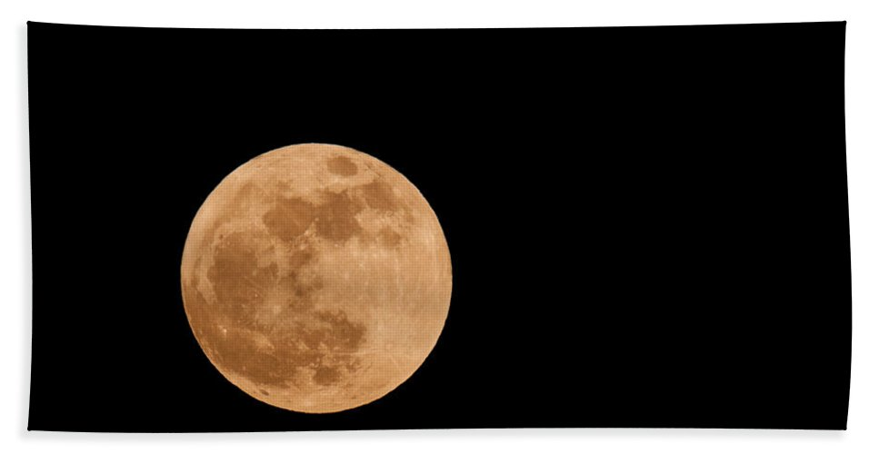 Hand Towel featuring the photograph Full Moon by Les Palenik