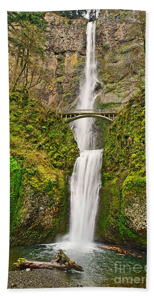 Waterfall Bath Sheet featuring the photograph Full View Of Multnomah Falls In The Columbia River Gorge Of Oregon by Jamie Pham