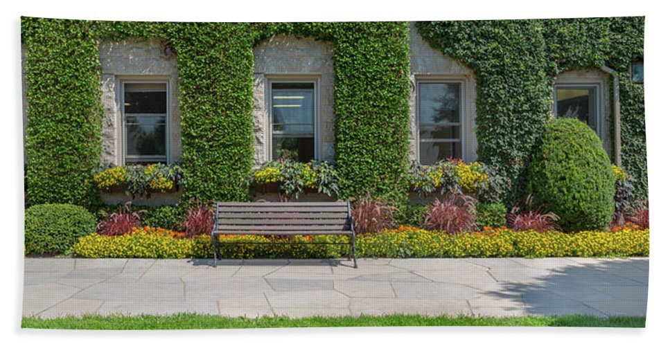 Photography Bath Sheet featuring the photograph Garden At Niagara Parks School by Panoramic Images