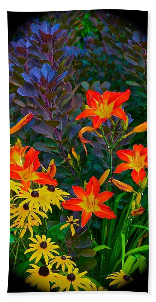 Chicago Botanical Gardens Bath Sheet featuring the photograph Garden Color Delight by Tim G Ross