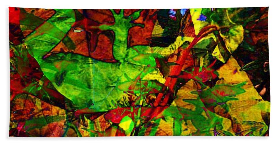 Fractal Art Bath Sheet featuring the digital art Garden Lizard by Elizabeth McTaggart