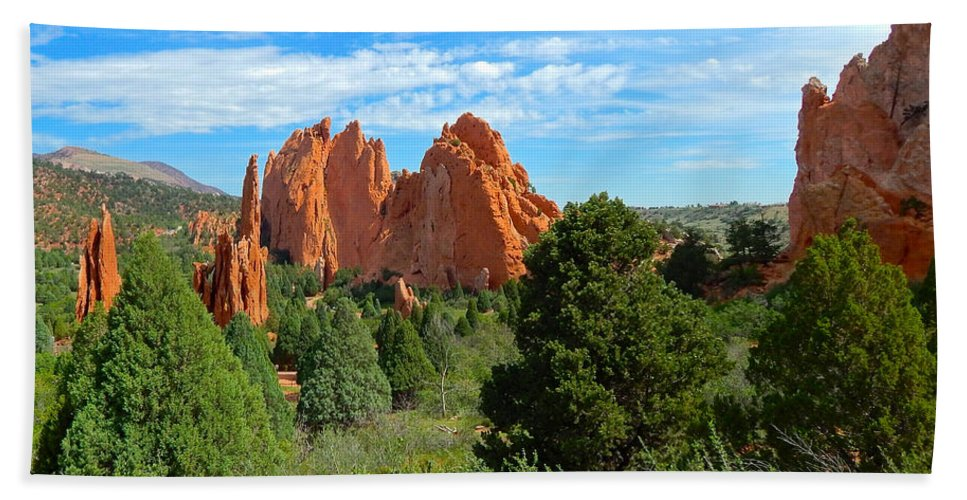 Photo Bath Sheet featuring the photograph Garden Of The Gods by Dan Miller