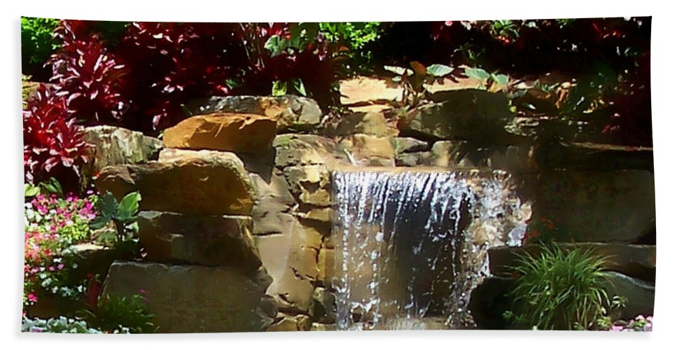 Garden Bath Towel featuring the photograph Garden Waterfalls by Pharris Art