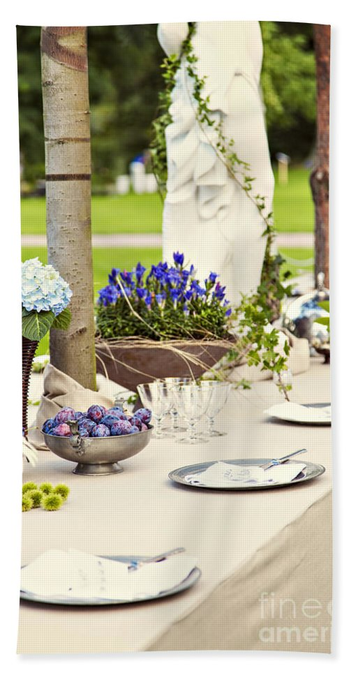 Garden Hand Towel featuring the photograph Garden Wedding Table Setting by Sophie McAulay