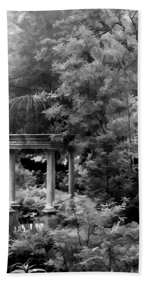 Gazebo Bath Sheet featuring the photograph Gazebo by Joyce Baldassarre