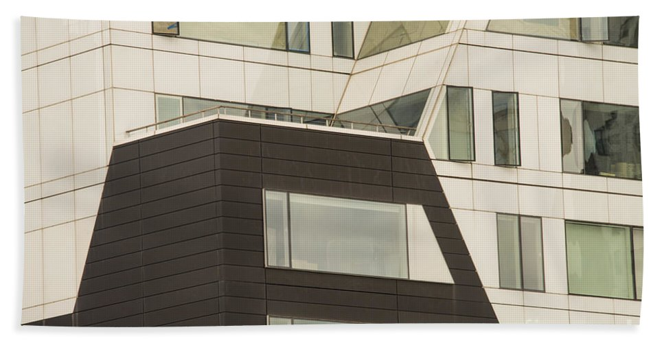 Chelsea High Line Building Buildings Structure Structures Architecture Window Windows Door New York City Cities Cityscape Cityscapes Triangles Rectangles Squares Trapezoids Geometric Shape Shapes Triangle Rectangle Square Trapezoid Bath Sheet featuring the photograph Geometric Shapes In Architecture by Bob Phillips