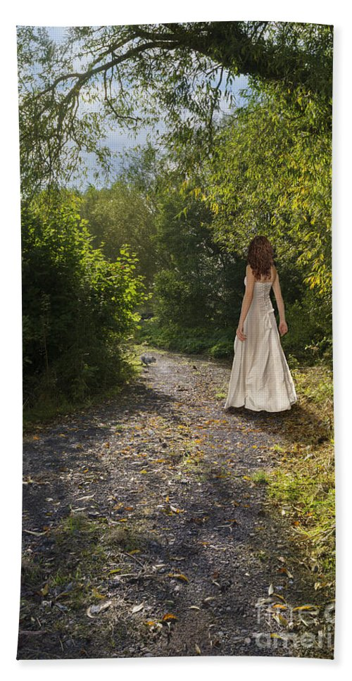 Girl Hand Towel featuring the photograph Girl In Country Lane by Amanda Elwell