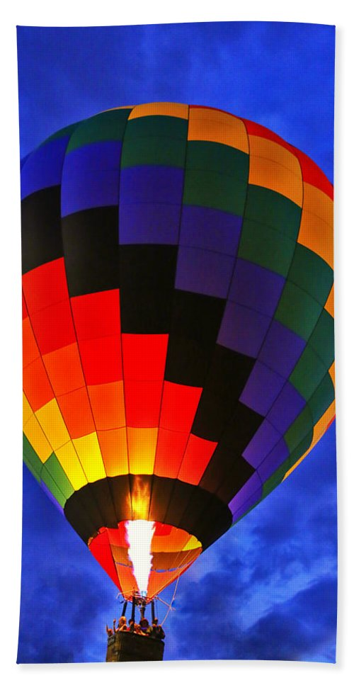 Balloon Bath Sheet featuring the photograph Glowing At Dusk by Karol Livote