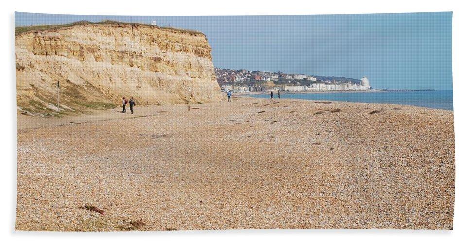 Glyne Hand Towel featuring the photograph Glyne Gap Beach In England by David Fowler