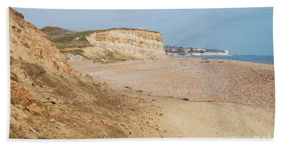 Glyne Hand Towel featuring the photograph Glyne Gap Cliffs In Sussex by David Fowler