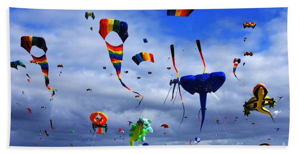 Kite Bath Sheet featuring the photograph Go Fly A Kite 4 by Bob Christopher