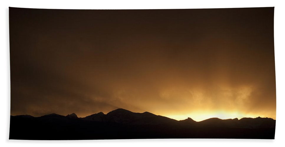 Sunsets Bath Sheet featuring the photograph Golden Glow by Marilyn Hunt