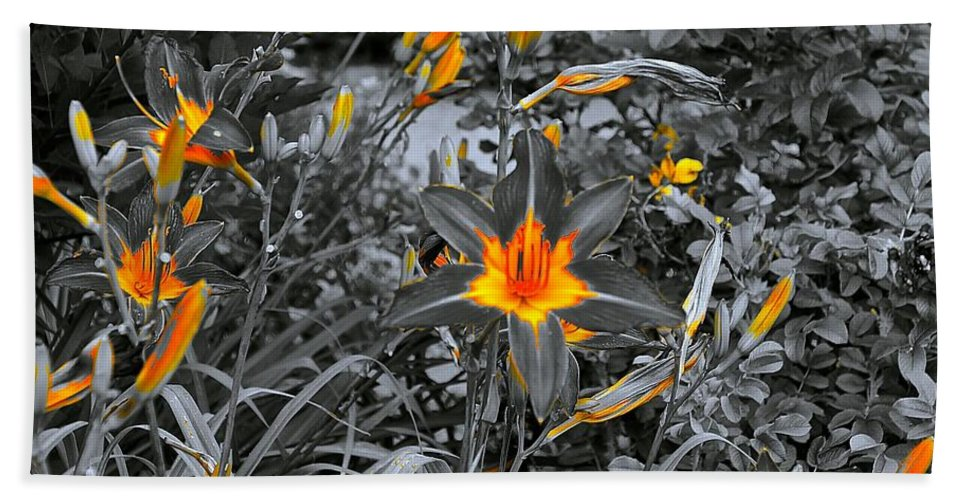 Nature Bath Sheet featuring the photograph Golden Invite by Tim G Ross