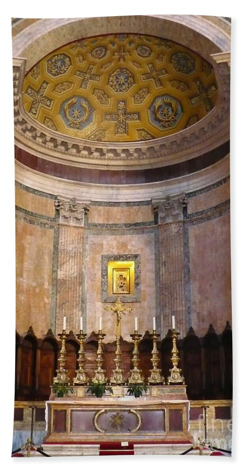 Pantheon Bath Sheet featuring the photograph Golden Pantheon Altar by Carol Groenen