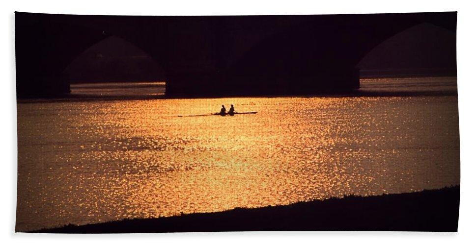 Potomac Hand Towel featuring the photograph Golden Potomac by DJ Florek