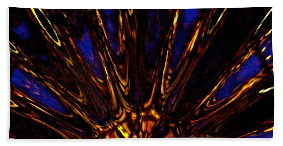 Glassware Bath Sheet featuring the photograph Golden Splash Point by Tim G Ross