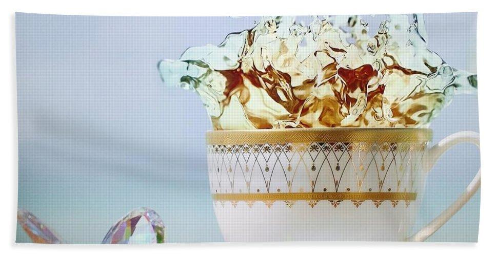 Tea Cups Bath Sheet featuring the photograph Golden Splash by Rob Hans