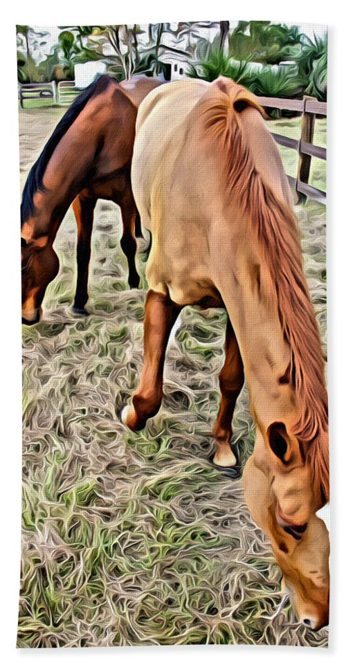 Horses Bath Sheet featuring the photograph Good Spot by Alice Gipson