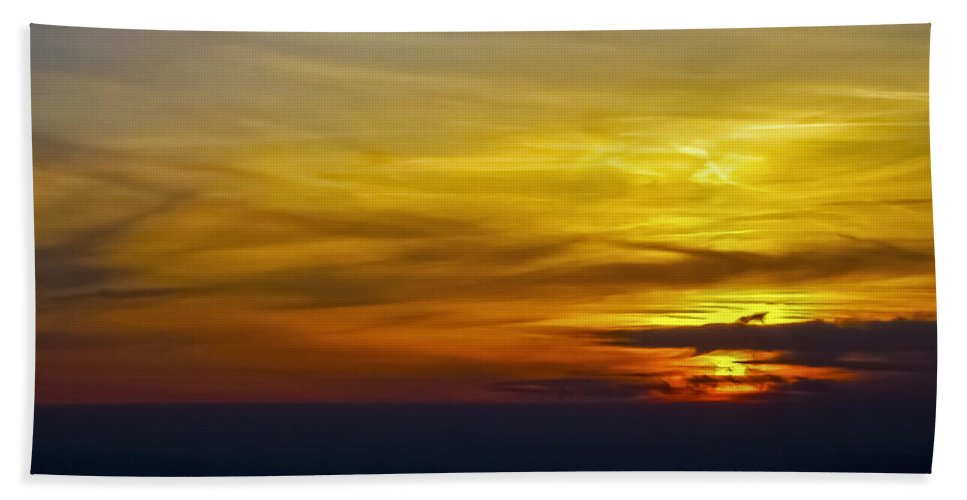 Sunset Bath Sheet featuring the photograph Goodbye Day by Greg Reed