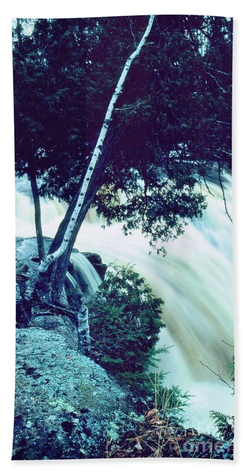 Waterfall Hand Towel featuring the photograph Gooseberry Falls - Minnesota by Rory Cubel