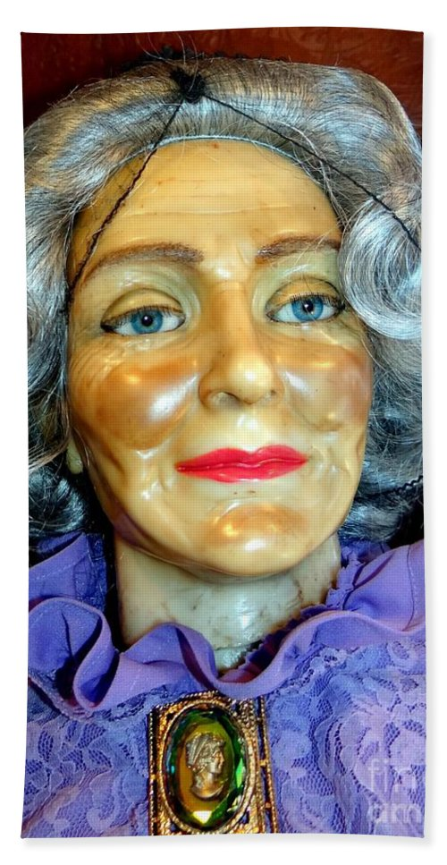 Mannequins Bath Sheet featuring the photograph Grandma Predicts by Ed Weidman