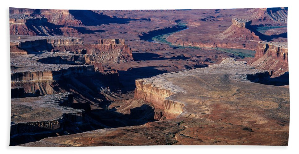 Buttes Hand Towel featuring the photograph Green River Overlook by Tracy Knauer