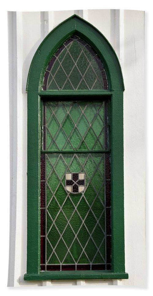 Balls Falls Church Bath Sheet featuring the photograph Green Window by Guy Whiteley