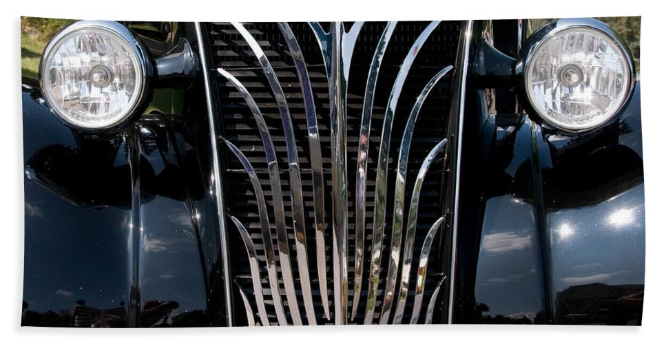 Grill Bath Sheet featuring the photograph Grill And Headlights by Vivian Christopher