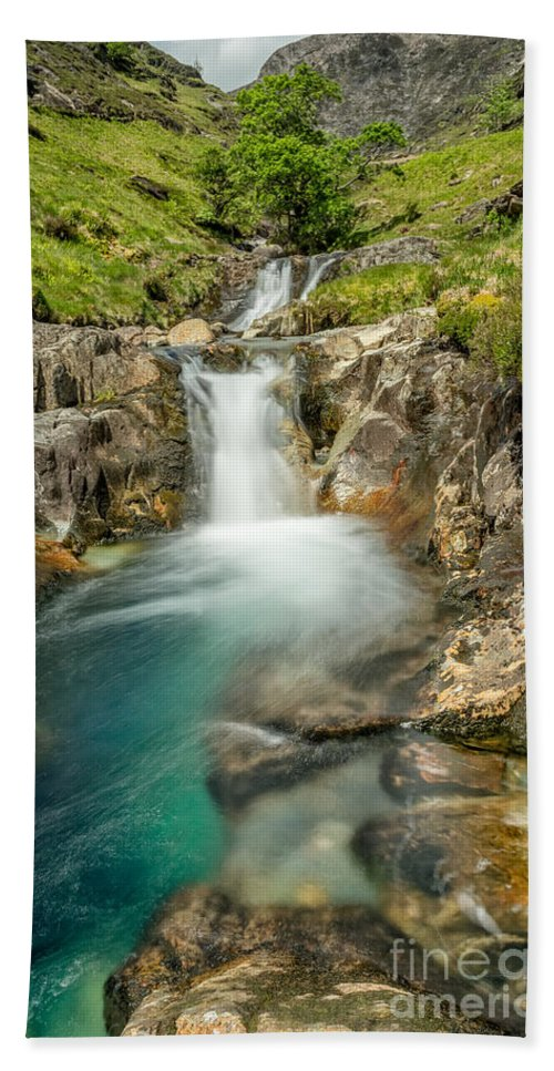 Nant Gwynant Bath Sheet featuring the photograph Gwynant Waterfall by Adrian Evans