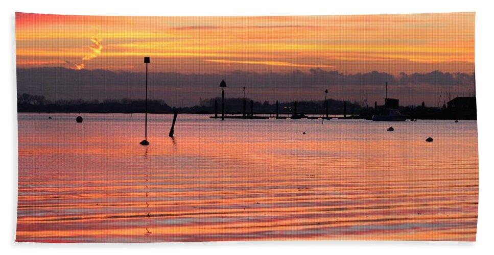 Emsworth Bath Sheet featuring the photograph Hampshire Sunset by Robert Phelan