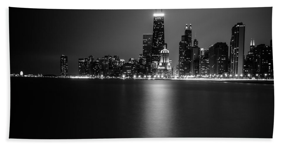 Chicago Bath Towel featuring the photograph Hancock Building Reflection From North Ave Beach - Black And White by Anthony Doudt