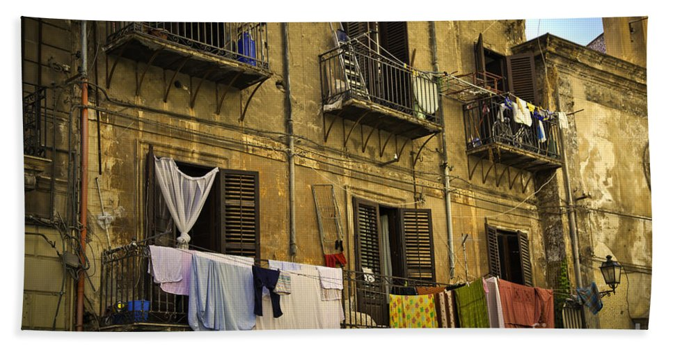 Laundry Hand Towel featuring the photograph Hanging Out To Dry In Palermo by Madeline Ellis