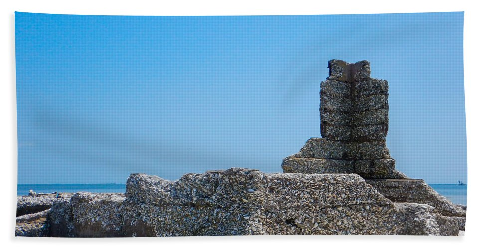 Core Sound Hand Towel featuring the photograph Harbor Island Ruins by Paula OMalley