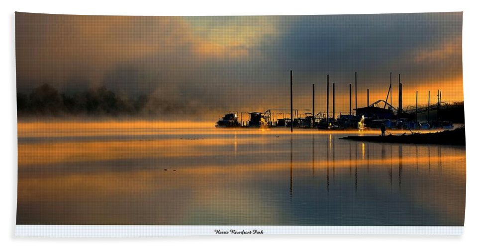Ohio River Hand Towel featuring the photograph Harris Riverfront Park by Todd Hostetter