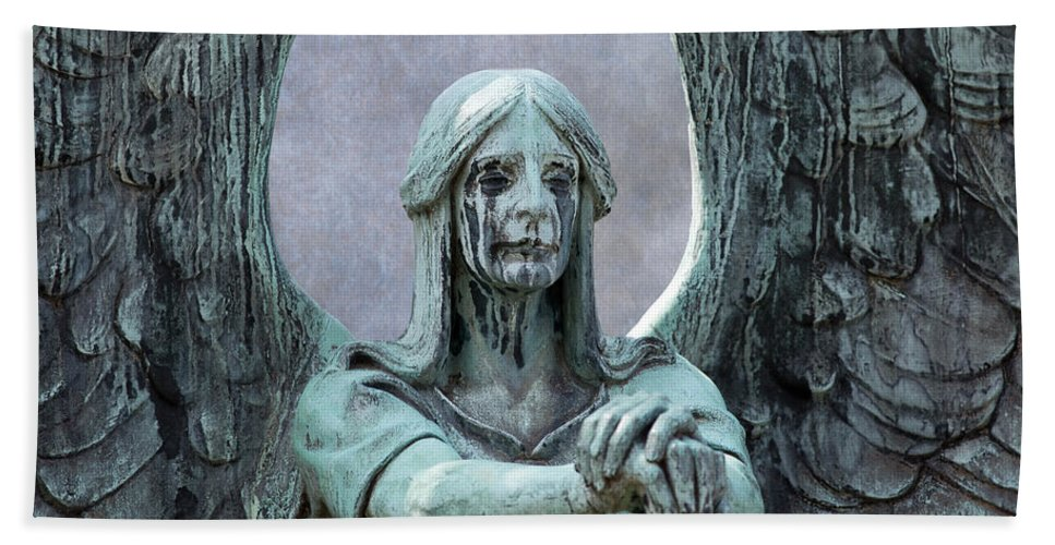 Sculpture Bath Sheet featuring the photograph Haserot Weeping Angel by Dale Kincaid