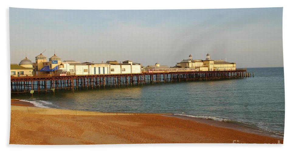 Hastings Hand Towel featuring the photograph Hastings Pier by David Fowler
