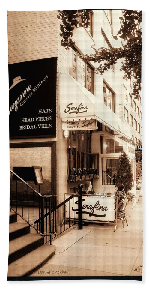New York Hand Towel featuring the photograph Hat Trick by Donna Blackhall