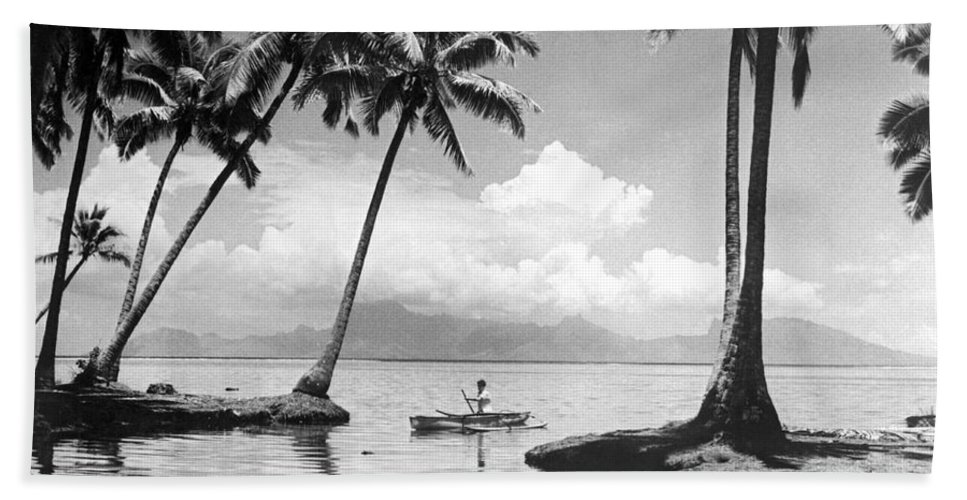 1940 Hand Towel featuring the photograph Hawaii Tropical Scene by Underwood Archives